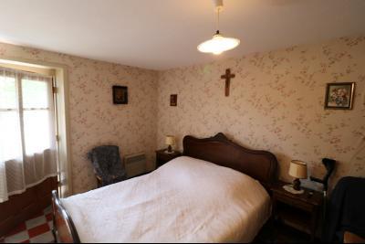 Chaumergy, vends maison de plain pied, 4 pièces, grandes dépendances 180m² sur 3469m² de terrain., chambre 1 RdC