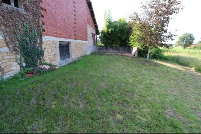 Secteur Pierre de Bresse vends corps de ferme avec dépendances sur 5500m² de terrain., vue droite moulin