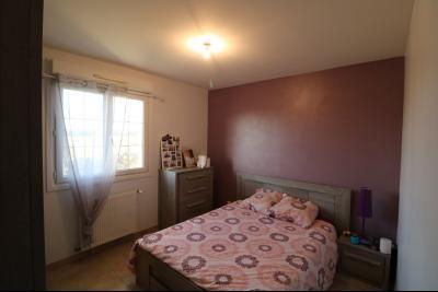 Secteur Chaussin, à vendre agréable maison récente (2008) de 7 pièces, 140m² sur 2000m² de terrain., chambre 1 RdC