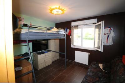 Secteur Chaussin, à vendre agréable maison récente (2008) de 7 pièces, 140m² sur 2000m² de terrain., chambre 3 enfant
