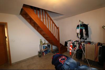 Secteur Chaussin, à vendre agréable maison récente (2008) de 7 pièces, 140m² sur 2000m² de terrain., accès étage bureau