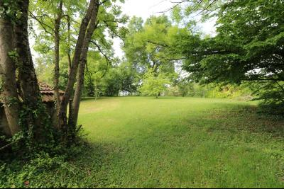 Chaussin à 2 kms vends ancienne ferme restaurée de 6 pièces, 132m² sur 2500m² de terrain clos., parc