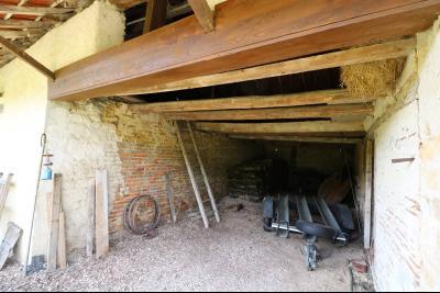 Chaussin à 2 kms vends ancienne ferme restaurée de 6 pièces, 132m² sur 2500m² de terrain clos.,