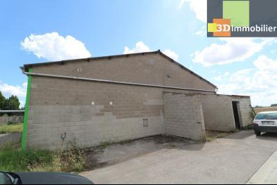 10mn de Dole, à vendre bâtiment commercial et industriel de 248m² avec parking indépendant., vue de droite