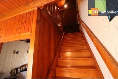 Secteur Chaussin vends belle fermette de 7 pièces,150m², dépendances 90m²sur 5200 m² de terrain clos, accès étage