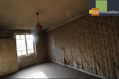 Proche Chaussin , vends ferme ancienne de 5 pièces, 90m², 500m² de dépendances sur1879m² de terrain, chambre RdC