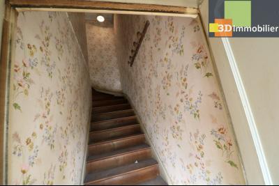 Proche Chaussin , vends ferme ancienne de 5 pièces, 90m², 500m² de dépendances sur1879m² de terrain, accès étage