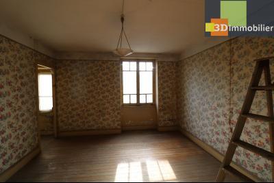 Proche Chaussin , vends ferme ancienne de 5 pièces, 90m², 500m² de dépendances sur1879m² de terrain, chambre étage