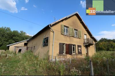 Proche Chaussin , vends ferme ancienne de 5 pièces, 90m², 500m² de dépendances sur1879m² de terrain, Vue gauche