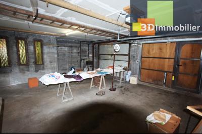 Secteur ARBOIS (39 JURA), à vendre maison de ville de 9 pièces sur 1174 m² de terrain clos., salle d