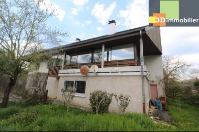Secteur ARBOIS (39 JURA), à vendre maison de ville de 9 pièces sur 1174 m² de terrain clos., idem