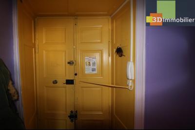DOLE centre, au 1er étage, vends bel appartement de 6 pièces,  surface habitable de 150m²., petit balcon sur cour