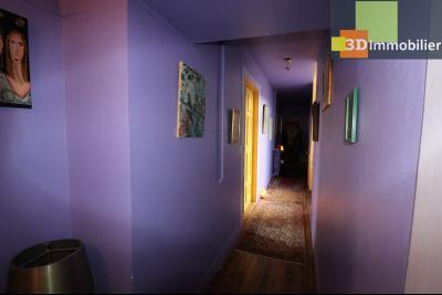 DOLE centre, au 1er étage, vends bel appartement de 6 pièces,  surface habitable de 150m²., vue sur place s/Préfecture