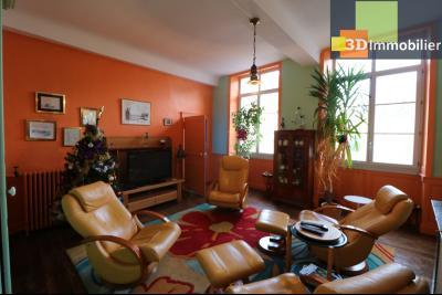 DOLE centre, au 1er étage, vends bel appartement de 6 pièces,  surface habitable de 150m²., salon/séjour 24m²