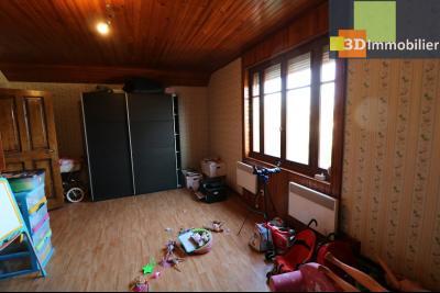 Secteur Chaussin, vends grande maison, 6 pièces, 157m², dépendances sur 2219m² de terrain clos, chambre 3  25m²