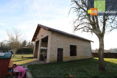 Secteur Chaussin, vends grande maison, 6 pièces, 157m², dépendances sur 2219m² de terrain clos, idem