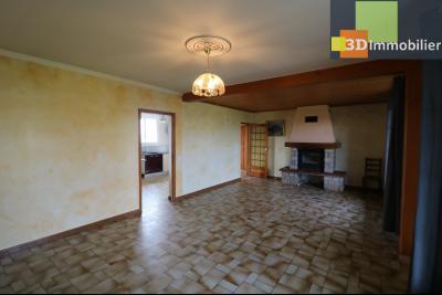 Chaussin vends confortable maison de 6 pièces, 150m², sous-sol total sur 3300 m² de terrain., idem avec cheminée/insert