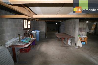 Chaussin vends confortable maison de 6 pièces, 150m², sous-sol total sur 3300 m² de terrain., s/sol total 112m²