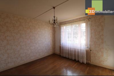 Chaussin (39 Jura), maison de 6 pièces, 130m² habitables, dépendance de 140 m² sur 3500m² de terrain, séjour 18m²