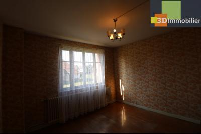 Chaussin (39 Jura), maison de 6 pièces, 130m² habitables, dépendance de 140 m² sur 3500m² de terrain, chambre 2  15m²