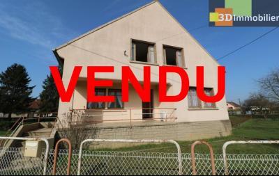 Chaussin (39 Jura), maison de 6 pièces, 130m² habitables, dépendance de 140 m² sur 3500m² de terrain, idem