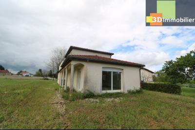 Chaussin, vends maison style provençal 7 pièces, 145 m² habitables sur terrain de 5580 m²., vue de droite