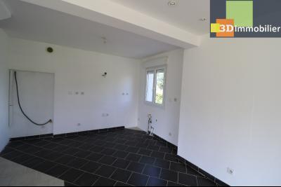 Chaussin, vends maison style provençal 7 pièces, 145 m² habitables sur terrain de 5580 m²., coin cuisine ouverte