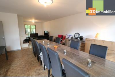 Proche CHAUSSIN vends très belle maison de 6 pièces, 196 m² , garage sur 1100m² de terrain clos., idem