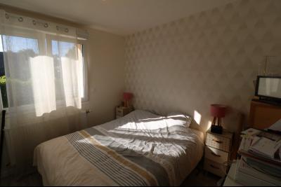 Chaussin, vends confortable maison, de 5 pièces, 83 m² habitables, s/sol sur 1300m² de terrain clos., chambre 1
