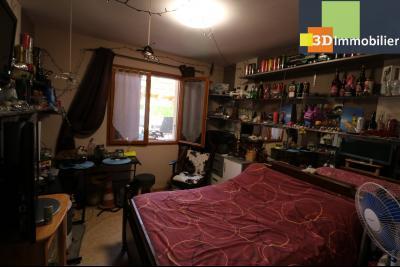 CHAUSSIN (campagne) vends agréable maison de plein-pied, 6 pièces, 118m² sur 2500m² de terrain clos, chambre 3