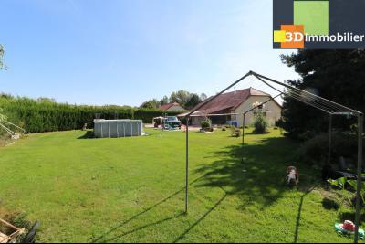 CHAUSSIN (campagne) vends agréable maison de plein-pied, 6 pièces, 118m² sur 2500m² de terrain clos, vue terrain