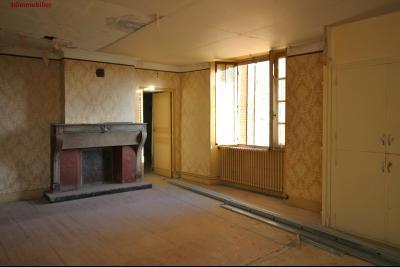 VENTE Secteur TOULOUSE LE CHATEAU, A VENDRE maison à restaurer dans sa totalité- 94 m², cuisine/salon/salle à manger de 33 m² env.