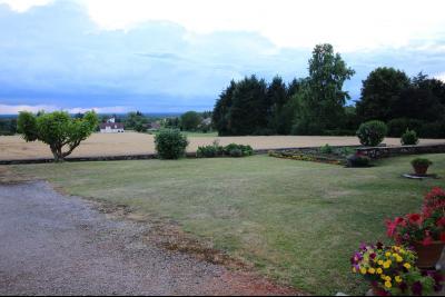 A VENDRE proche COUSANCE-39190, MAISON  de 240 m² env. 2 LOGEMENTS sur terrain de 1 000 m² env., Terrain de 1 000 m²