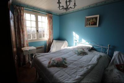 VENTE ST AMOUR-(39160), MAISON de 150 m² env.3 chambres, garages, véranda, terrasse, terrain 3360 m², Chambre 13 m²env.