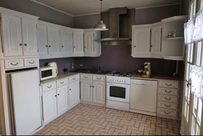 VENTE secteur COUSANCE-(39190), MAISON 155 m² env. sur sous-sol, 4 chambres dont 2 de plein pied, cuisine de 13 m² env.