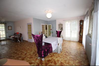 VENTE secteur COUSANCE-(39190), MAISON 155 m² env. sur sous-sol, 4 chambres dont 2 de plein pied, Séjour de 43 m² env.