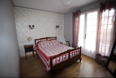VENTE secteur COUSANCE-(39190), MAISON 155 m² env. sur sous-sol, 4 chambres dont 2 de plein pied, Chambre 1 au rez de chaussée