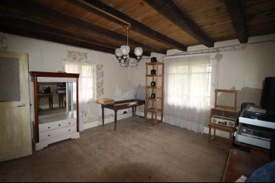 VENTE secteur LONS-LE-SAUNIER (39)-JURA, VENDS ANCIENNE FERME A RÉNOVER, 2 CHAMBRES, TERRAIN, Chambre 1 de 17 m² env.