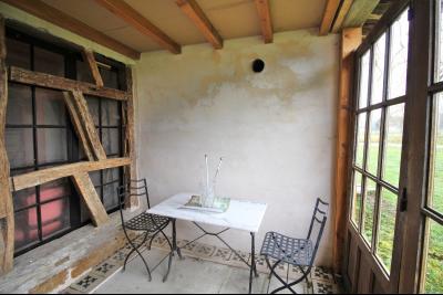 VENTE secteur LONS-LE-SAUNIER (39)-JURA, VENDS ANCIENNE FERME A RÉNOVER, 2 CHAMBRES, TERRAIN, 1ère partie de la cuisine à isoler de 6.50 m² env.