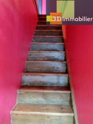 LONS-le-SAUNIER 39000 Coeur de ville bel appartement duplex 113 m²env.,  gai et coloré, 3 chambres., Cuisine-séjour