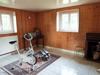 MOIRANS-en-MONTAGNE 39260 JURA Proche Lacs vends Belle Villa 290m²env. possibilité 2 à 3 logements, De plain-pied: chambre 17m²env.