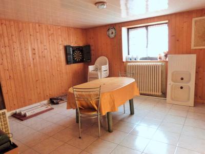 MOIRANS-en-MONTAGNE 39260 JURA Proche Lacs vends Belle Villa 290m²env. possibilité 2 à 3 logements, De plain-pied: pièce 17m²env pouvant être aménagée en cuisine-séjour