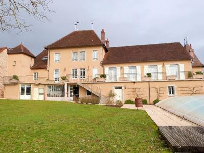 Département du JURA (France) BELLE DEMEURE pour chambres d