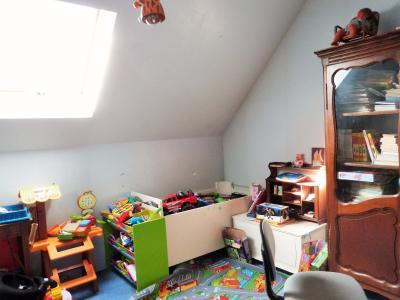 Proche BLETTERANS Jura Vends MAISON (2004) 137m²env. -4 chambres (1 plain-pied)- sur 1250m²env., Chambre 4 - étage -