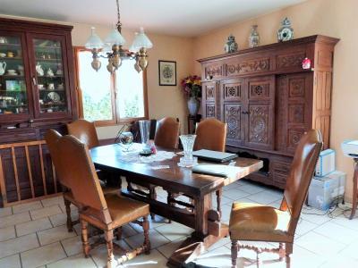 Proche BLETTERANS Jura Vends MAISON (2004) 137m²env. -4 chambres (1 plain-pied)- sur 1250m²env., Pièce de vie côté salle à manger