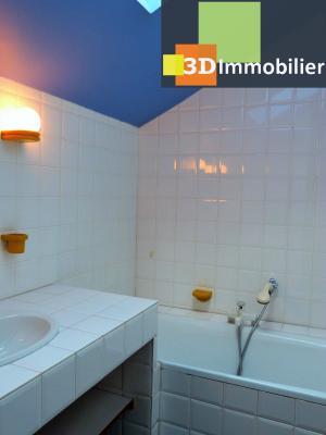 SAINT-CLAUDE 39200 JURA, à vendre centre APPARTEMENT de caractère en DUPLEX - 134.61m²-  2 chambres., Séjour avec cheminée décorative