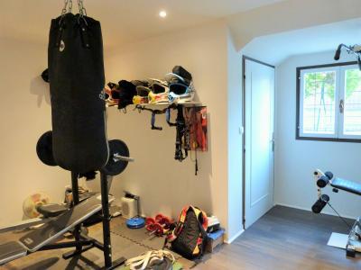 LONS LE SAUNIER 39000 JURA Vend grande MAISON INDEPENDANTE 2 appartements idéale PROFESSIONNEL., Plain-pied: chambre 1