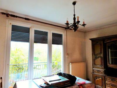 LONS-LE-SAUNIER 39 Jura 10km à vendre Maison indépendante 85m²env., 3 chambres sur terrain 840m²env., Salle à manger et salon  26.50m² env