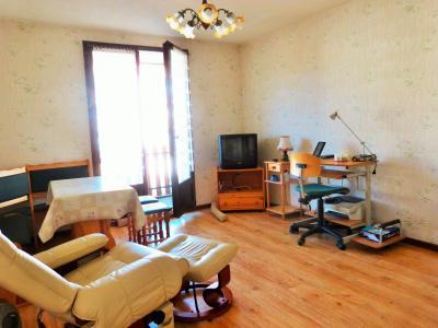 LES ROUSSES 39220 JURA à vendre APPARTEMENT 34.91m²- 1 chambre- dans copropriété bien située., Pièce de vie 13.27m²