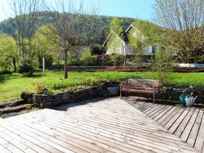 Axe LONS-le-SAUNIER / ORGELET 39 Vends Maison ossature bois 2003 de 135m²env sur terrain 1630m²env, Grande terrasse à l